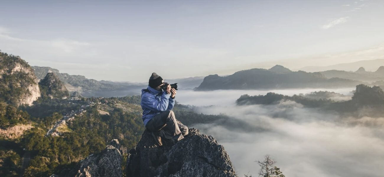 Photography side hustle business